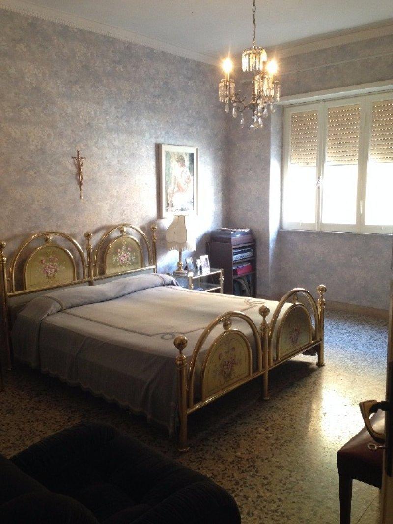 Santa marinella appartamento in corso marconi a roma in for Appartamenti in affitto arredati a roma