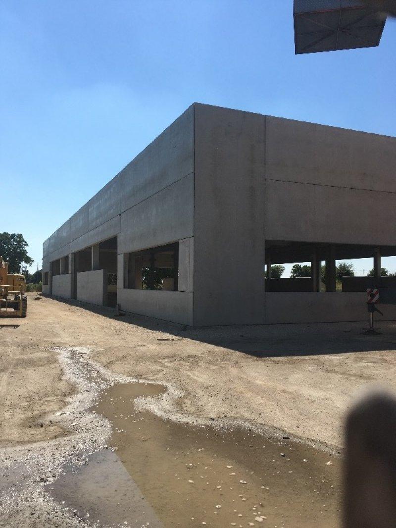 Zerbinate di Bondeno capannone nuova costruzione a Ferrara in Vendita