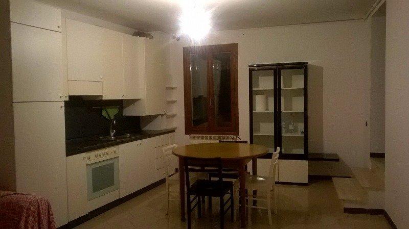 Battaglia Terme appartamento garage e posto auto a Padova in Affitto