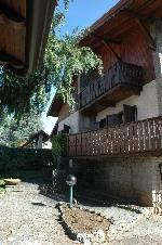 Annuncio affitto Appartamento in villa bifamiliare a Fino del Monte