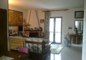 Annuncio vendita Giugliano in Campania villa situata in parco