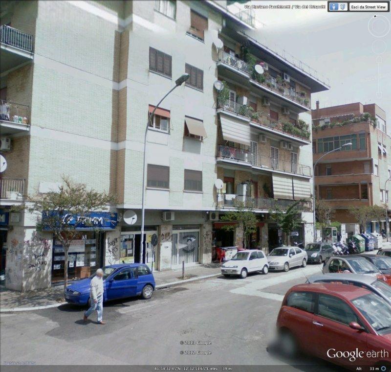 Appartamento in via cipriano facchinetti a roma in vendita for Appartamenti arredati roma