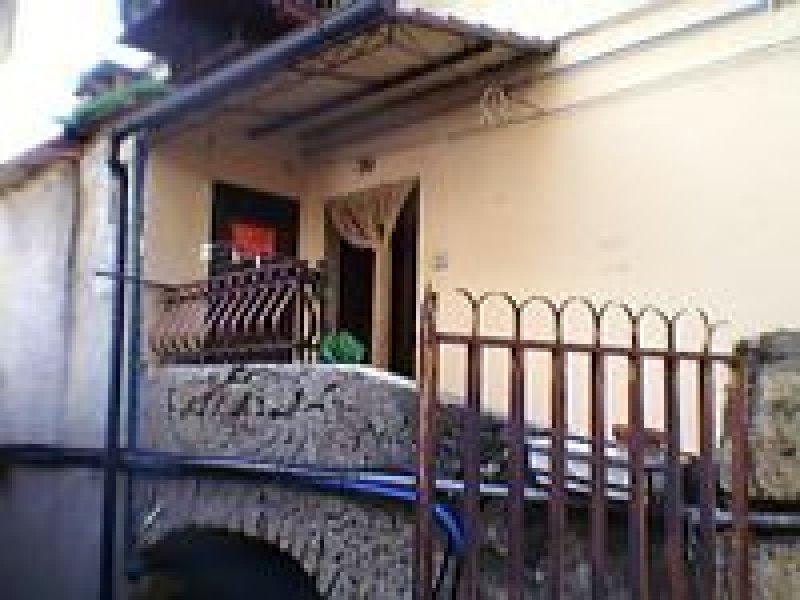 Appartamento con entrata indipendente a marcellina a roma for Affitto roma arredato