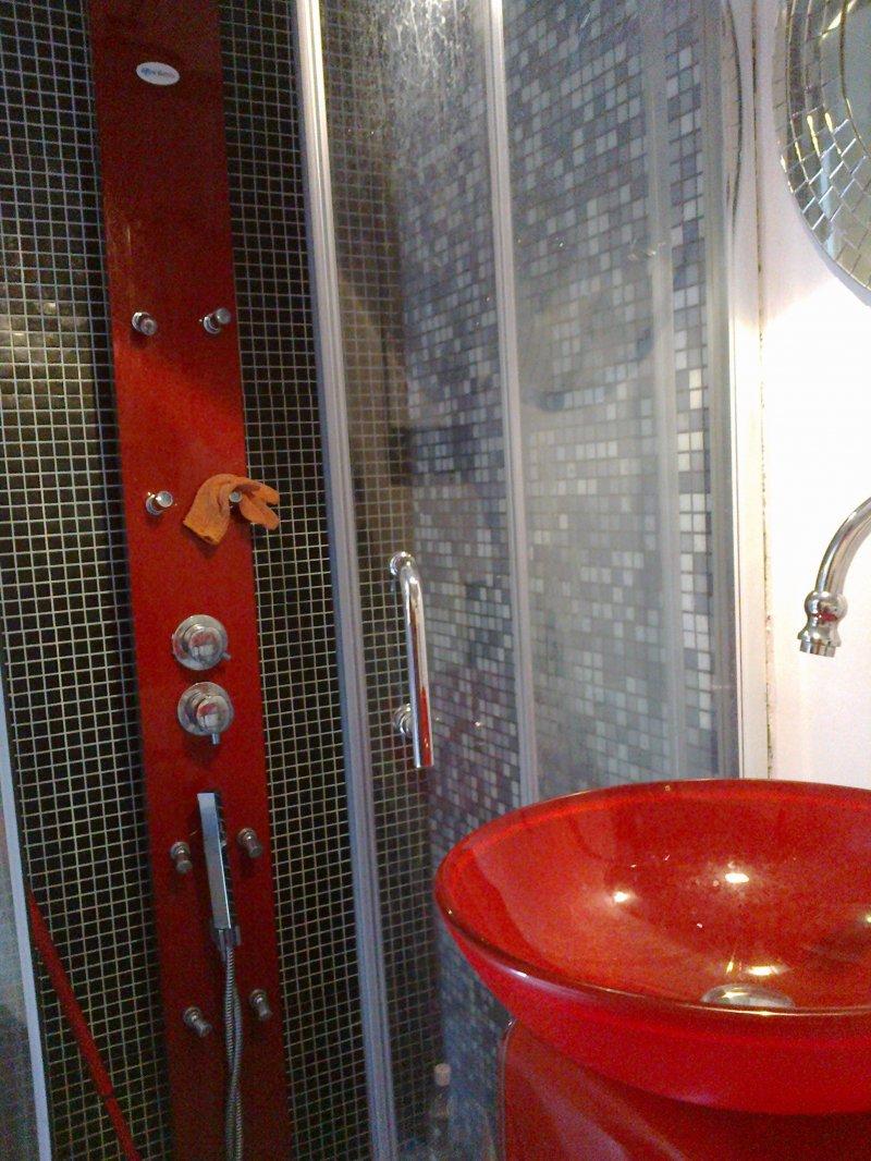 Mini appartamento mansardato da privato a torino in affitto for Appartamenti arredati in affitto a torino da privati