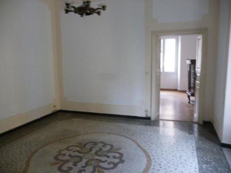Affitto Ufficio A Genova : Foto ufficio in palazzo prestigioso in via palestro a genova