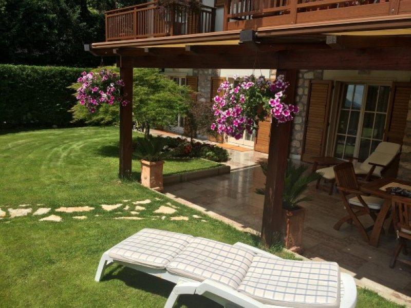Appartamenti con giardino in vendita idee per la casa for Appartamenti a new york manhattan in vendita