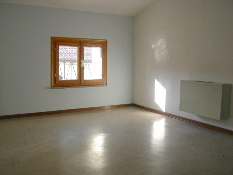 Ufficio a san vito al tagliamento a pordenone in affitto for Appartamenti in affitto a pordenone arredati