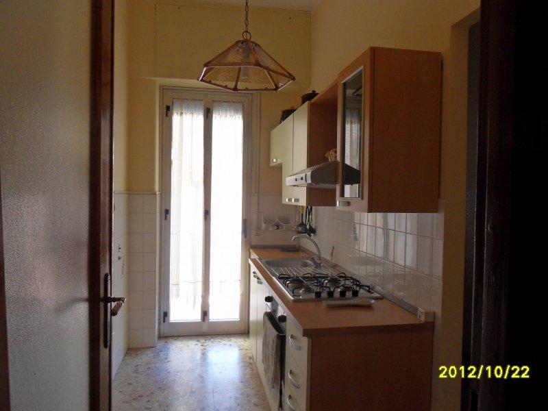 Trivani a san giovanni la punta a catania in affitto for Appartamenti arredati in affitto a catania