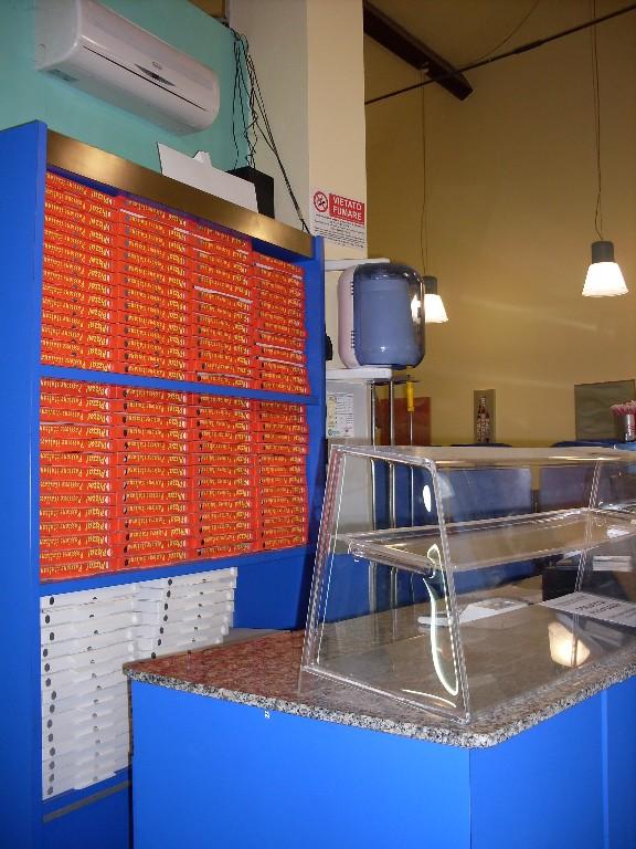 Pizzeria d'asporto in zona Codemondo a Reggio nell'Emilia in Vendita