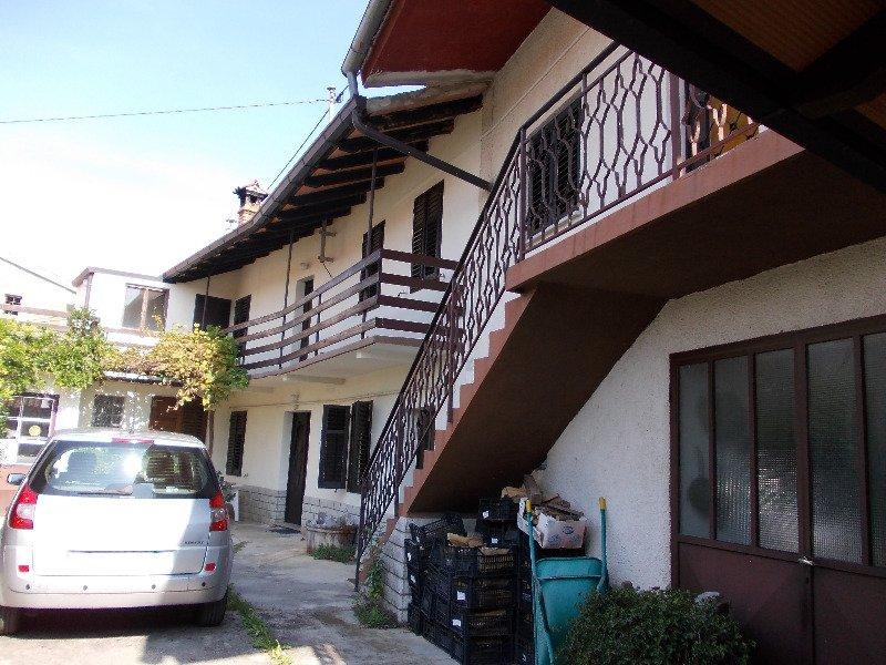 Villetta a komeno a trieste in vendita - Bombolone gas casa ...