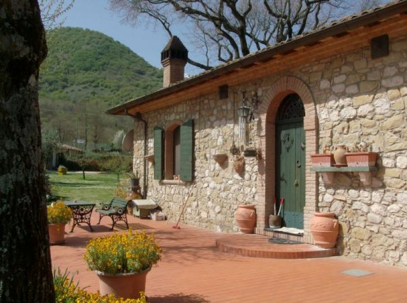 Foto 3 villa rustica nel comune di bojano a campobasso for Case rustiche foto