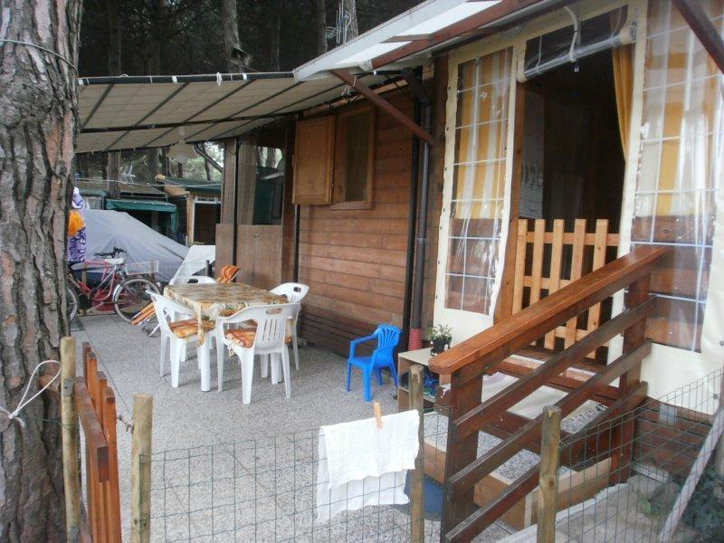 Foto 0 bungalow con roulotte presso zadina di cesenatico for Case bungalow progettano immagini filippine