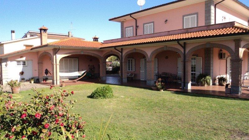 Villa anzio nettuno a roma in affitto for Appartamenti arredati in affitto roma