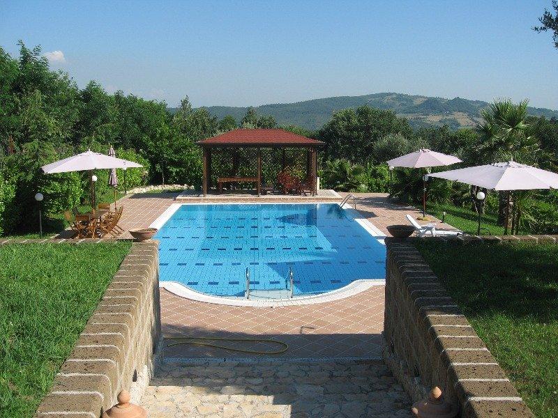 Foto 1 villa con piscina a ruviano a caserta in affitto - Agriturismo con piscina caserta ...