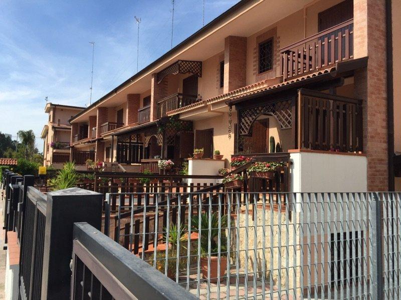 Villa in zona parco degli ulivi barletta a barletta andria for Appartamenti arredati in affitto barletta