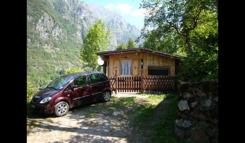 Campeggio valbondione bungalow a bergamo in vendita for Casa vacanza bergamo