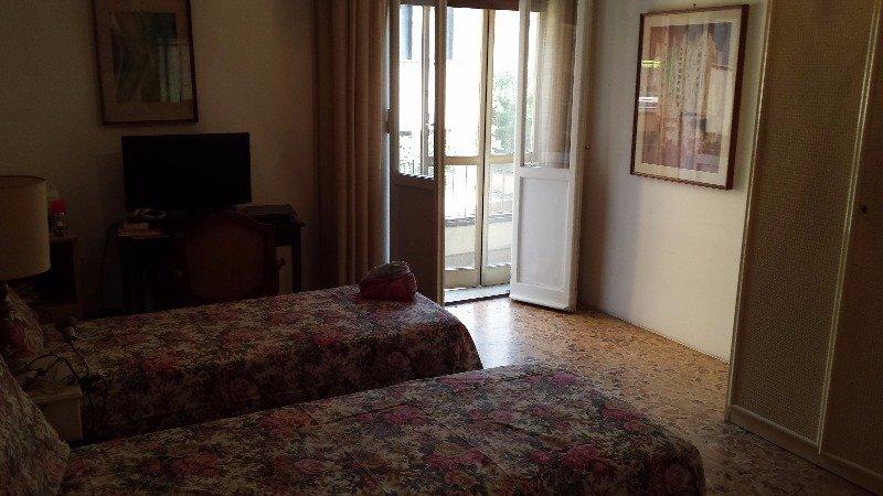 Stanza in appartamentino in centro a bologna a bologna in for Affitto stanza bologna