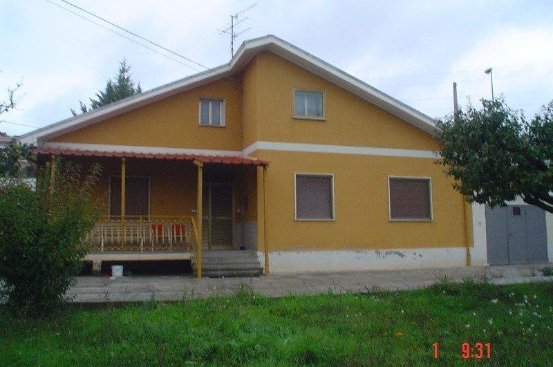 Aielli villetta residenziale a L'Aquila in Vendita