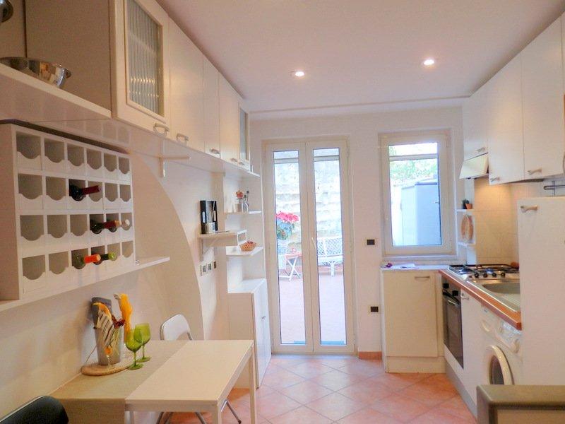 Napoli posillipo appartamento a napoli in vendita for Case in vendita napoli
