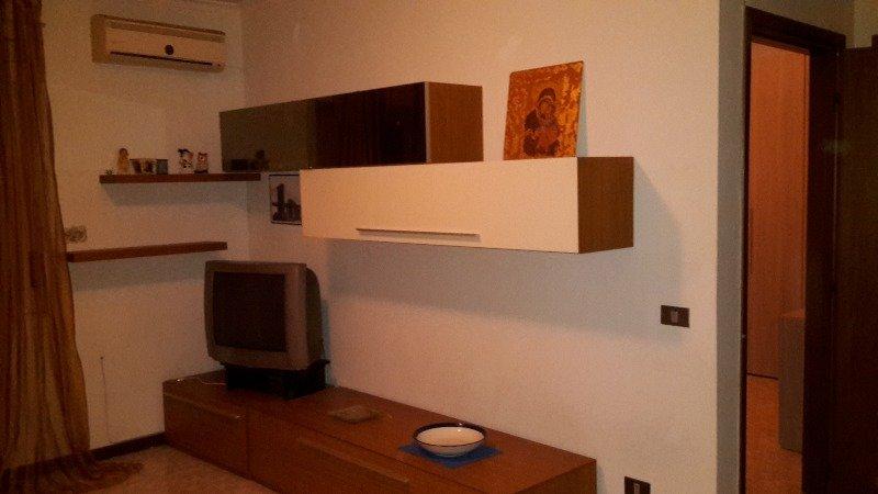 Guidonia colle fiorito appartamento a roma in affitto for Appartamenti roma affitto mensile