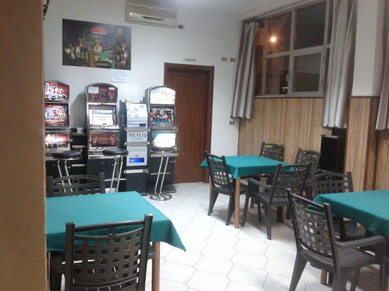 Sala Giochi Torino : Vendita sala giochi vlt torino piemonte cercasicasa