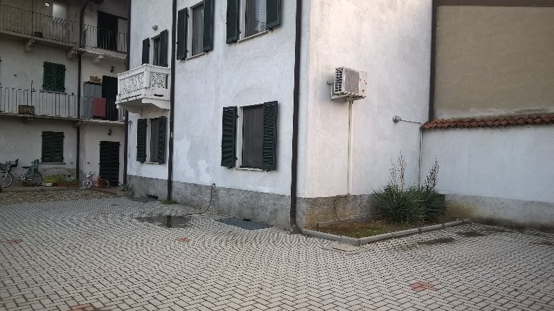 Cerano scantinato a Novara in Vendita