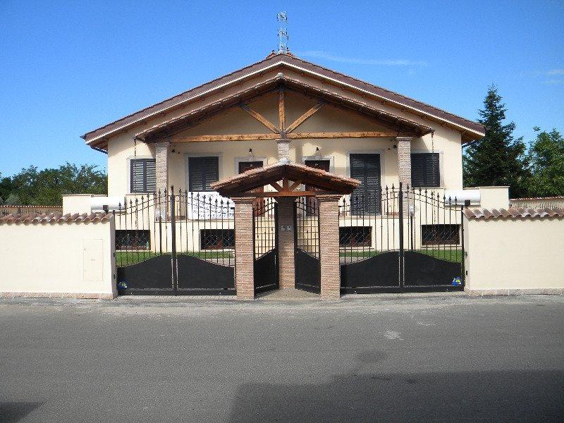 valle fiorita villino di nuova costruzione a roma in vendita