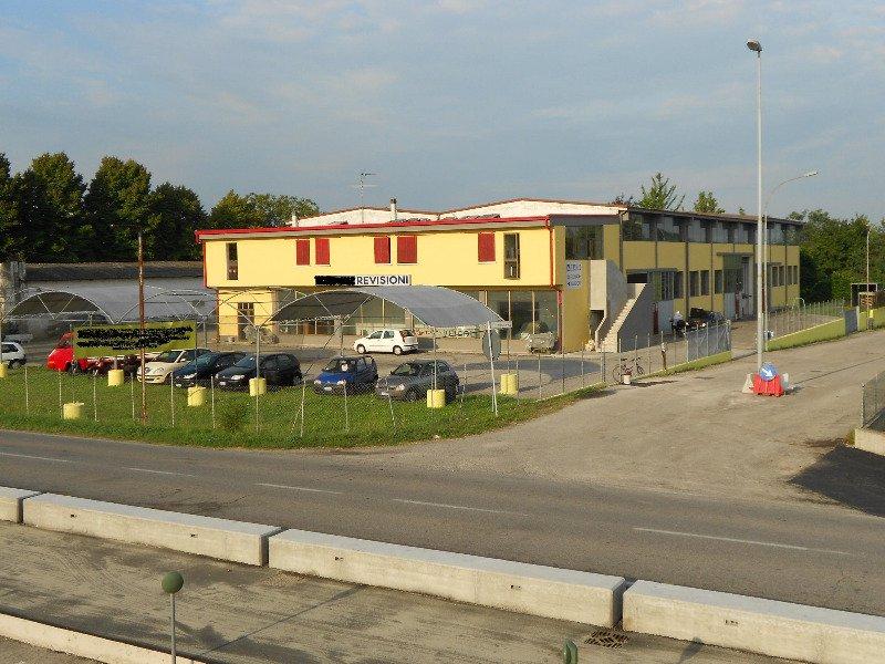 Asola cedesi attività nel settore dei veicoli a Mantova in Vendita