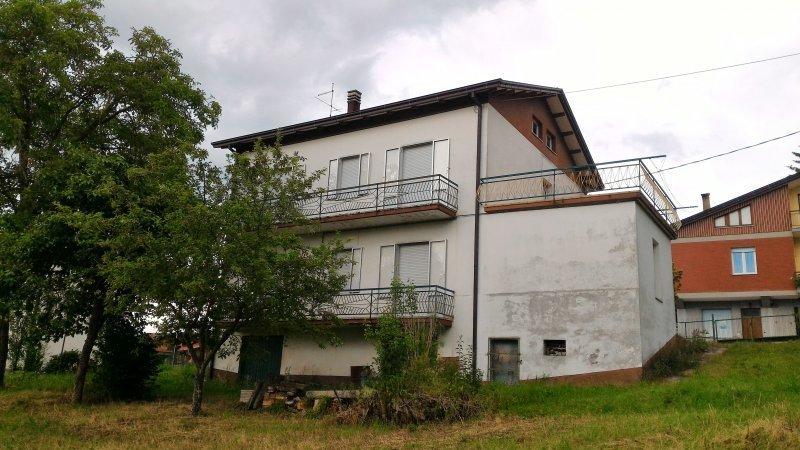 A Monte Cerignone casa a Pesaro e Urbino in Vendita