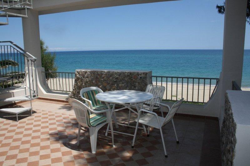 strongoli marina casa vacanze a crotone in affitto
