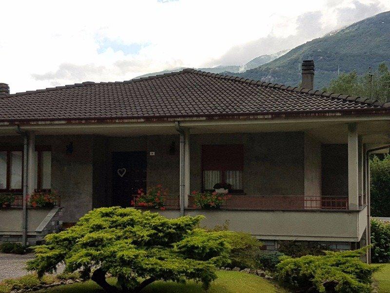 Nuova Olonio centro villa a Sondrio in Vendita