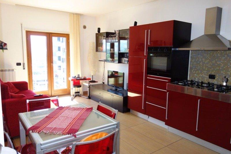 Rende appartamento zona quattromiglia a cosenza in affitto for Case in affitto arredate cosenza