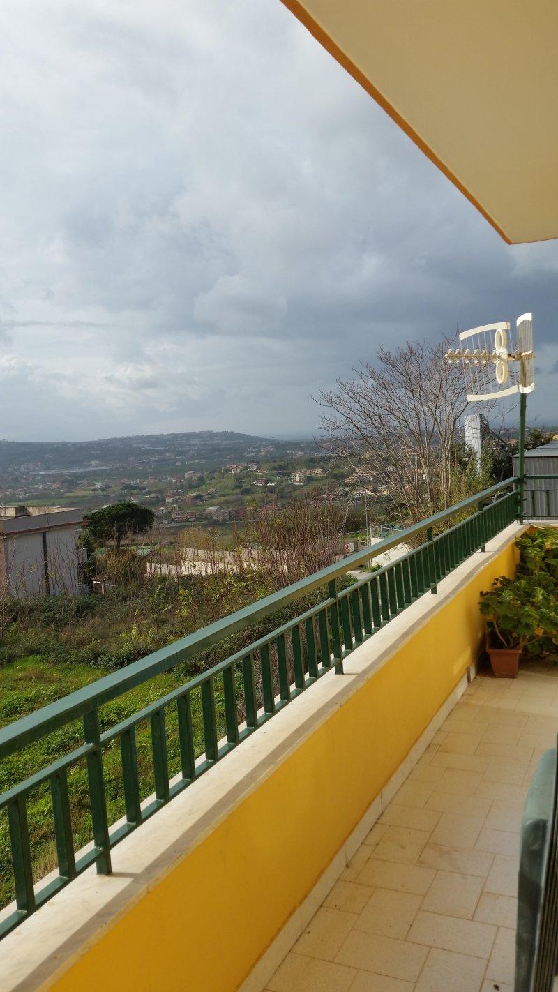 Quarto appartamento arredato a Napoli in Affitto