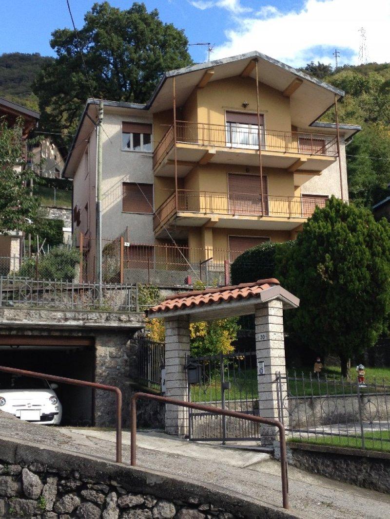 Lovere casa residenziale da ristrutturare a bergamo in vendita for Case a bergamo