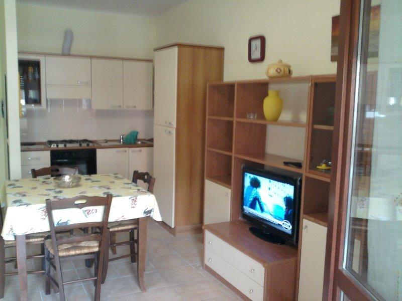 Localit santa palomba miniappartamento a roma in affitto for Appartamenti roma affitto mensile