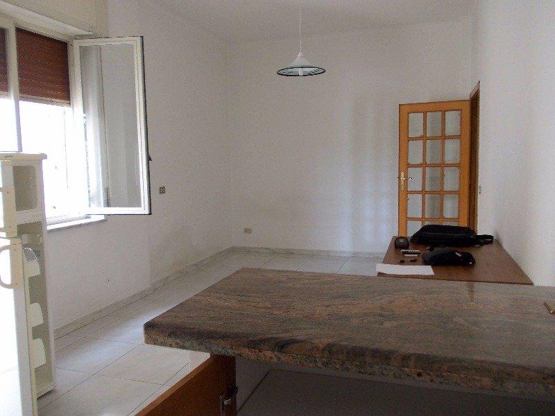 Capodimonte napoli appartamento a napoli in affitto for Appartamenti in affitto arredati napoli