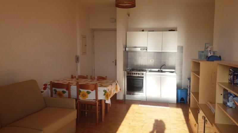 Appartamento in localit pietrabianca a cosenza in affitto for Case in affitto arredate cosenza