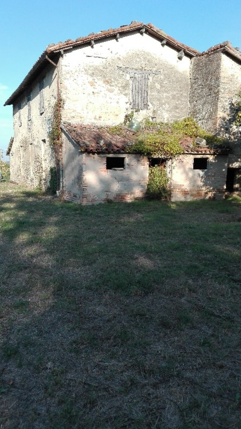 Dovadola struttura portante in pietra a Forli-Cesena in Vendita
