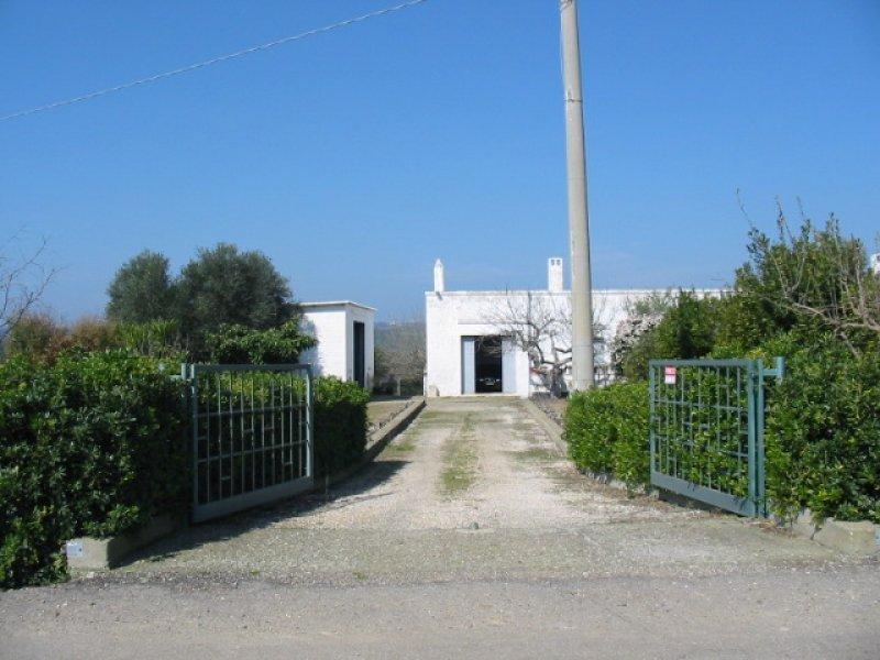 Ginosa tenuta a Taranto in Vendita