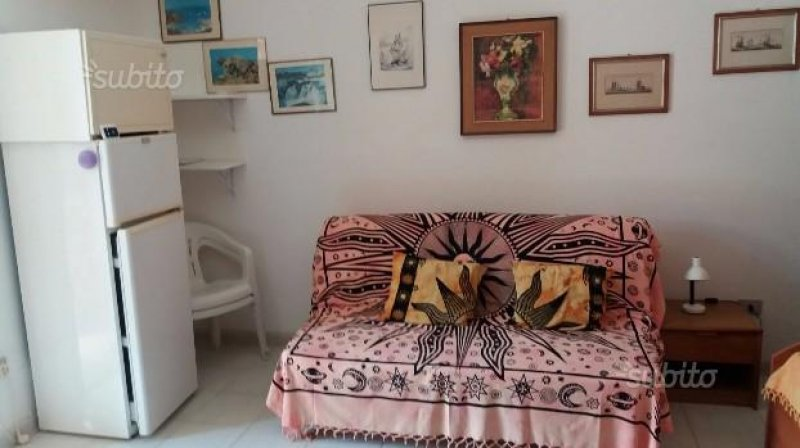 Monolocale a Pula in località Santu Perdixeddu a Cagliari in Affitto