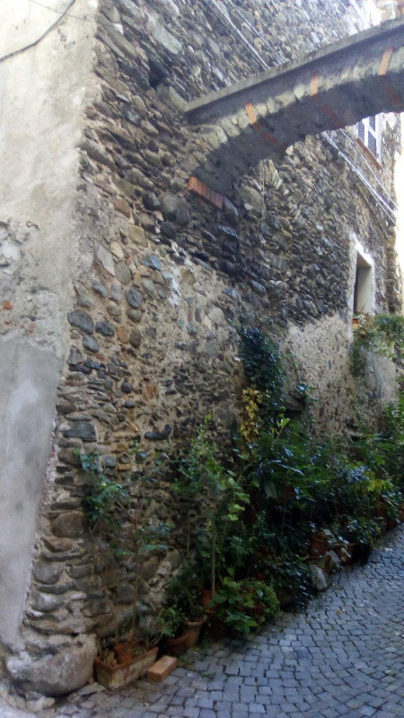 Ormea locale piano strada a Cuneo in Vendita