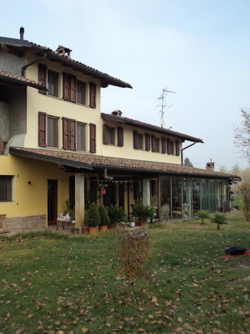 Casale Nell Oltrepo Pavese A Pavia In Vendita
