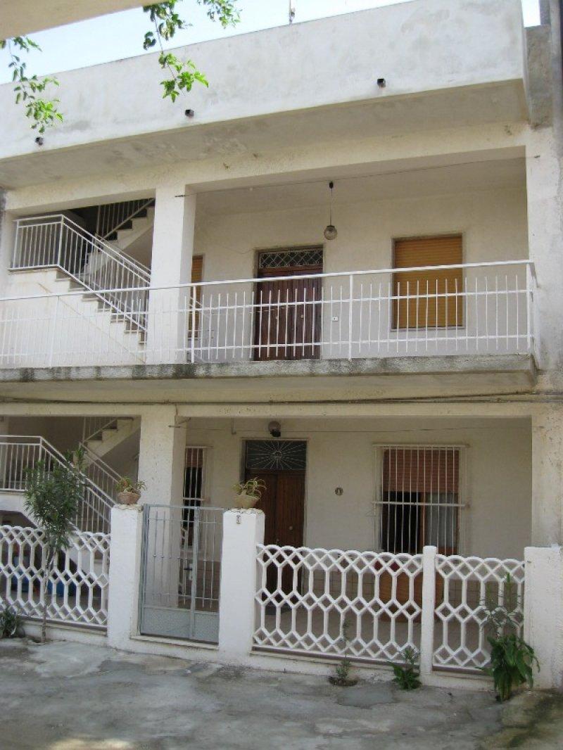 A Capo Rizzuto appartamento arredato a Crotone in Affitto