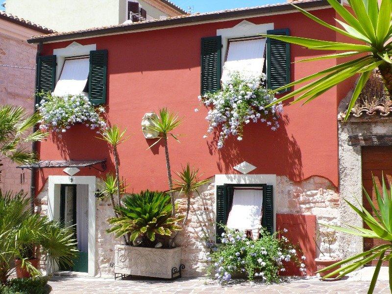 Numana casa di prestigio in pietra a Ancona in Vendita