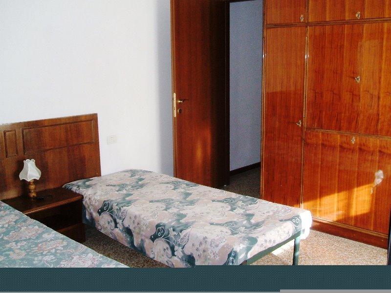 Milano da privato stanza a studentessa a milano in affitto for Case in affitto milano da privati