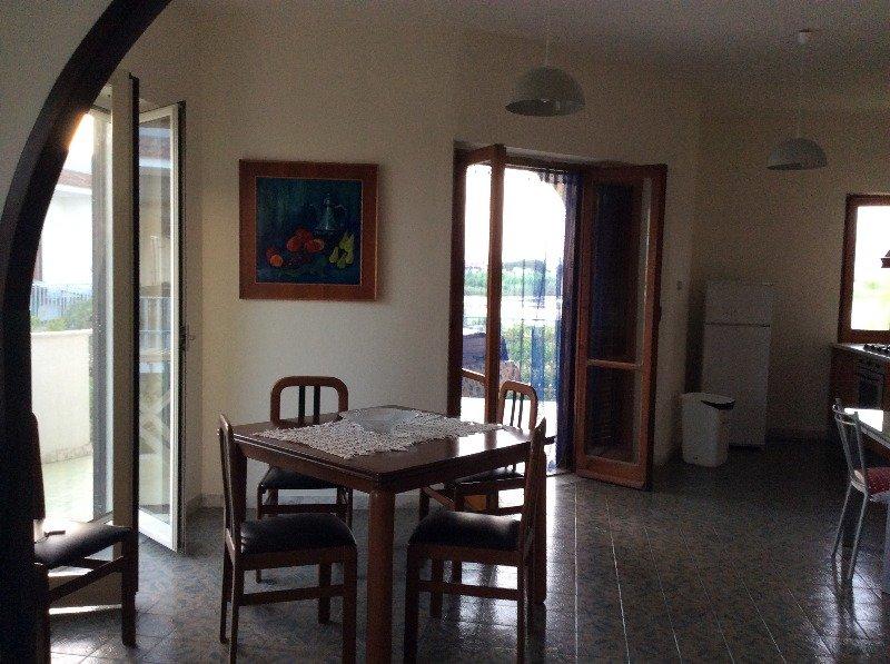 Castel Volturno appartamento in villa a Caserta in Affitto