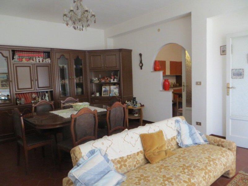 Carbonia ampio appartamento in centro città a Carbonia-Iglesias in Vendita