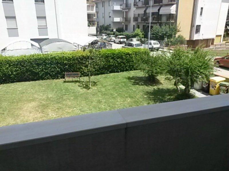 Montemarciano appartamento con vista sul giardino a Ancona in Affitto