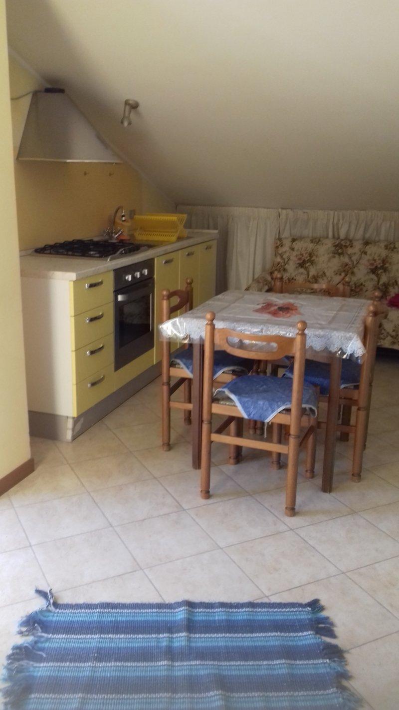 Teramo miniappartamento mansardato a Teramo in Vendita