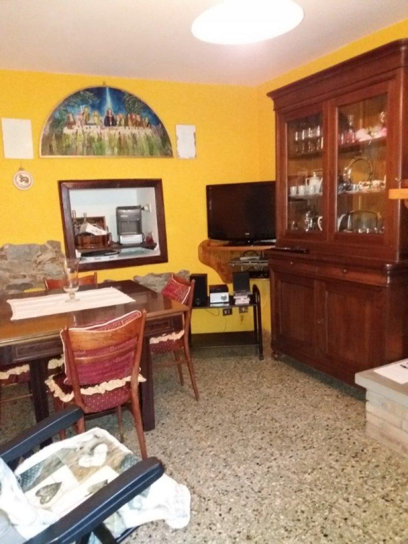 Monchio delle Corti casa a Parma in Vendita
